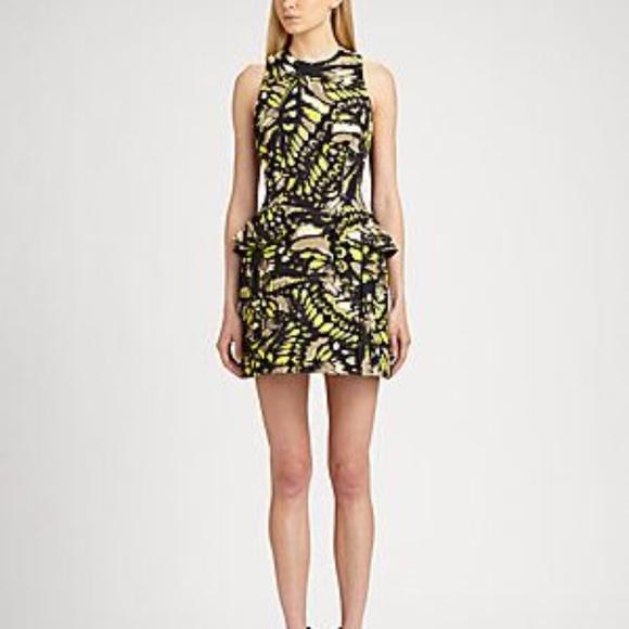 fbbfd587f4 Alexander McQueen Dresses